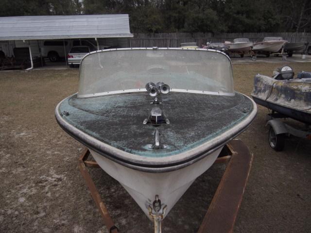 1966 Hydrodyne ski boat