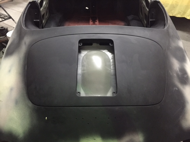 13-Rear Body area with Engine Cover Closed