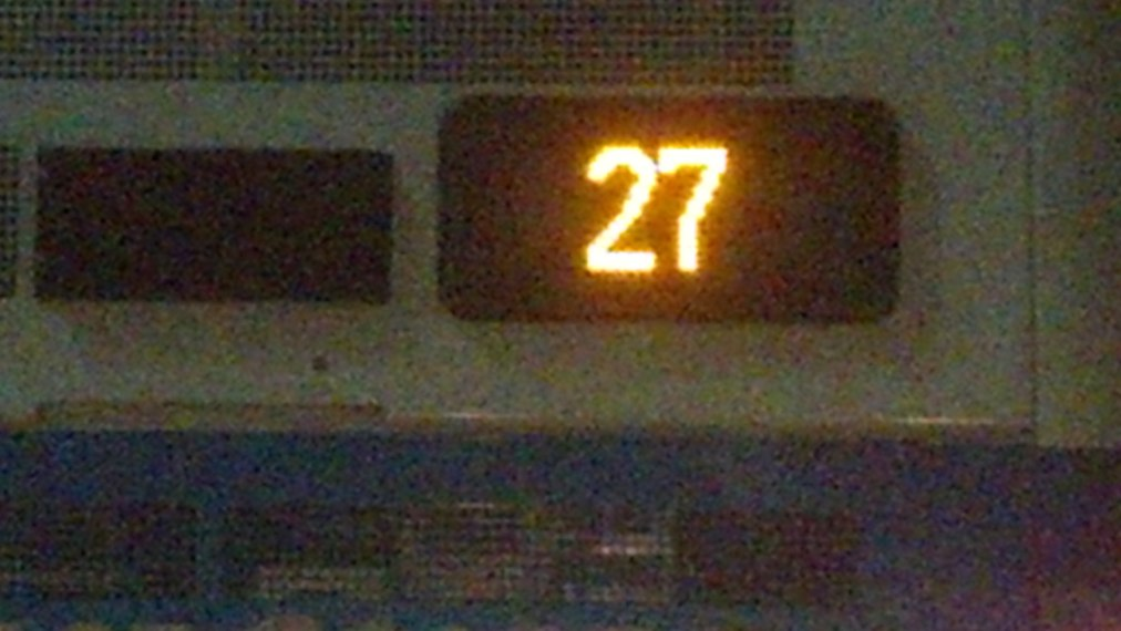 LED 27