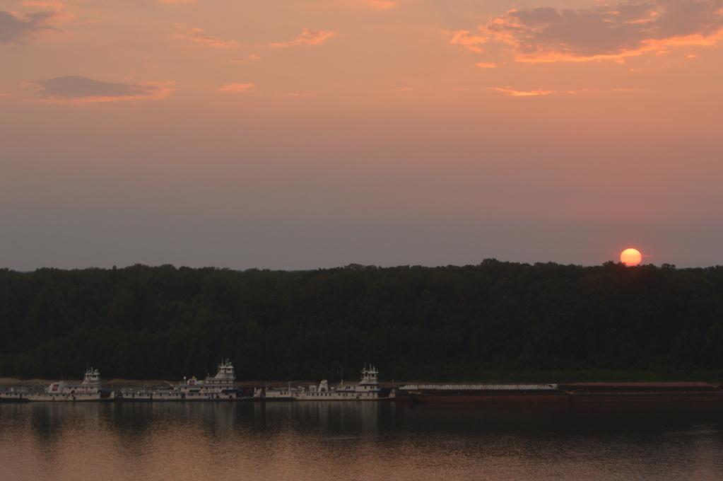 Sunset across the Mississippi River
