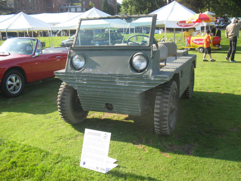 1953 prototype vehicle called a Fletcher Flair at a Concours event