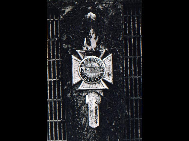 American La France grill ornament