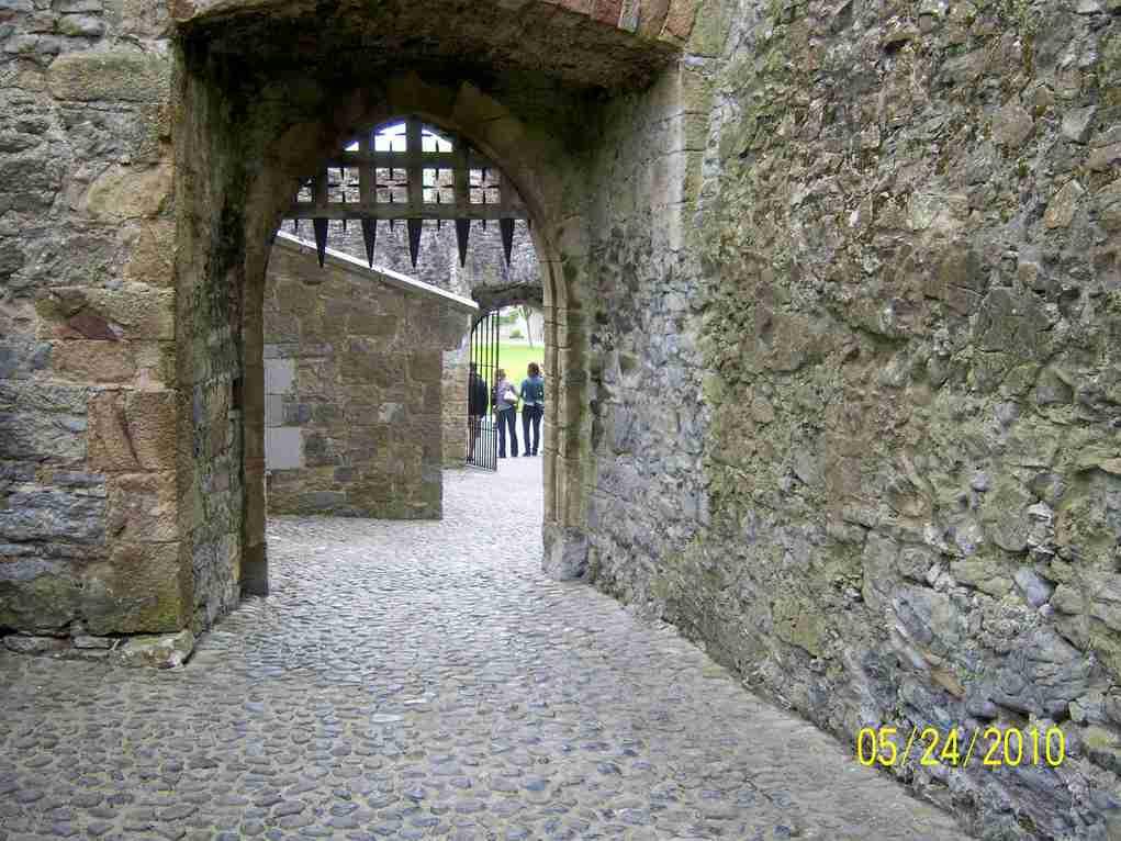 Portcullis to castle