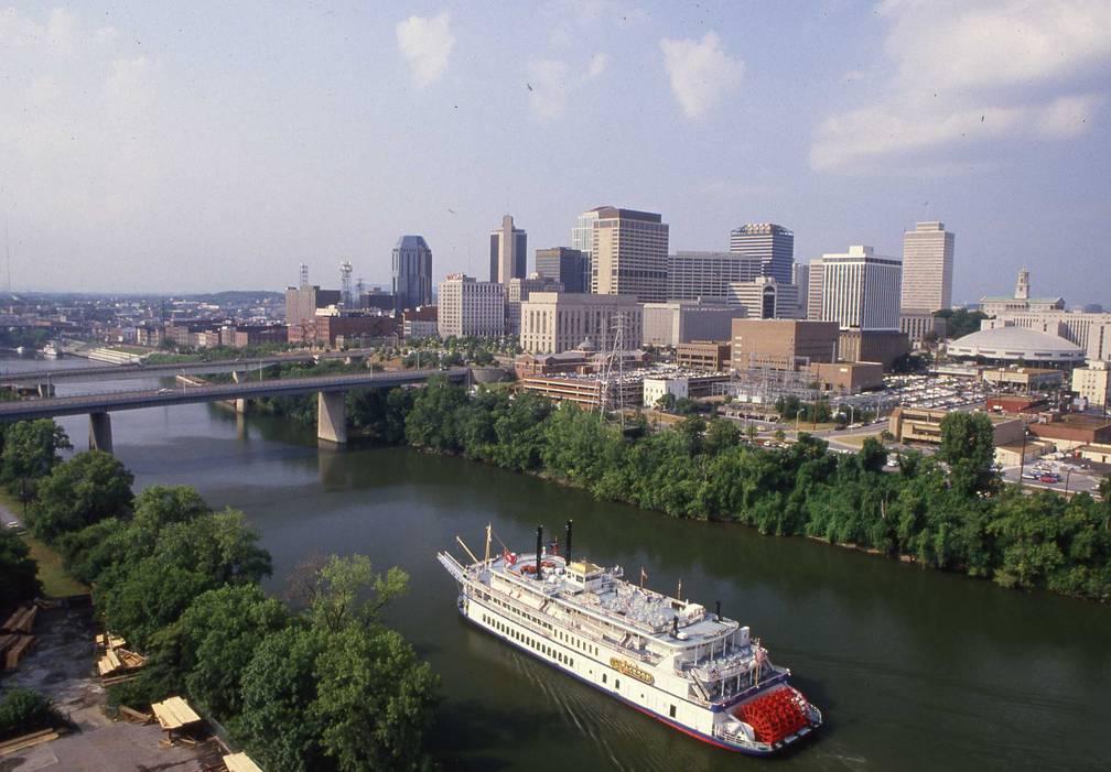 Nashville skyline with riverboat