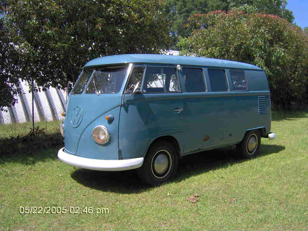 16 Window VW Van