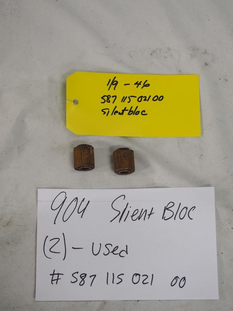 904 Slient bloc   (2) - Used #587 115 021 00